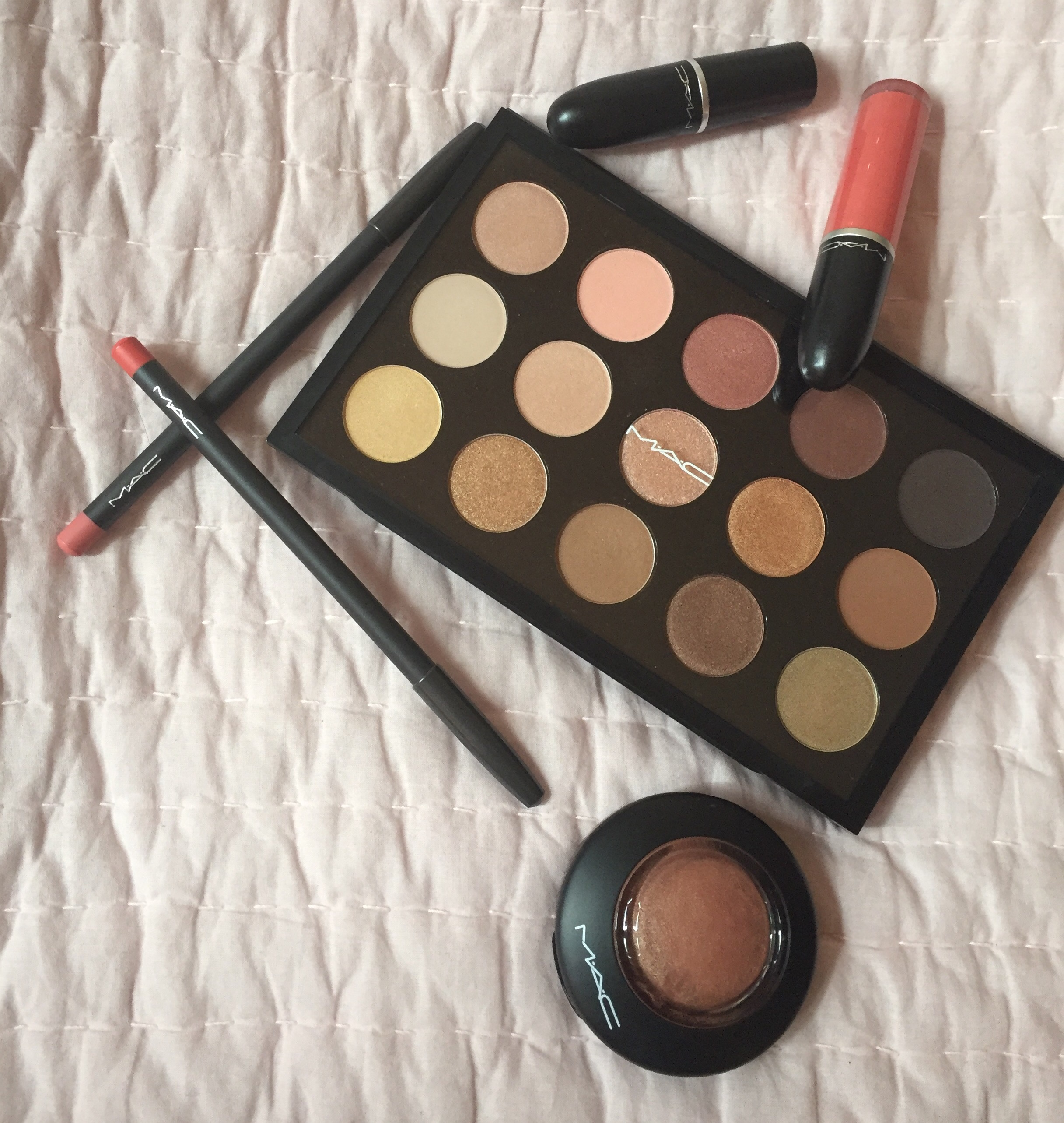 makeup M.A.C
